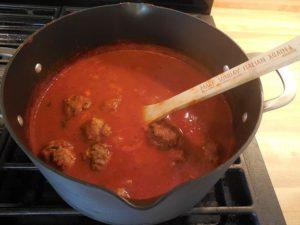 Tomato sauce with Italian Meatballs